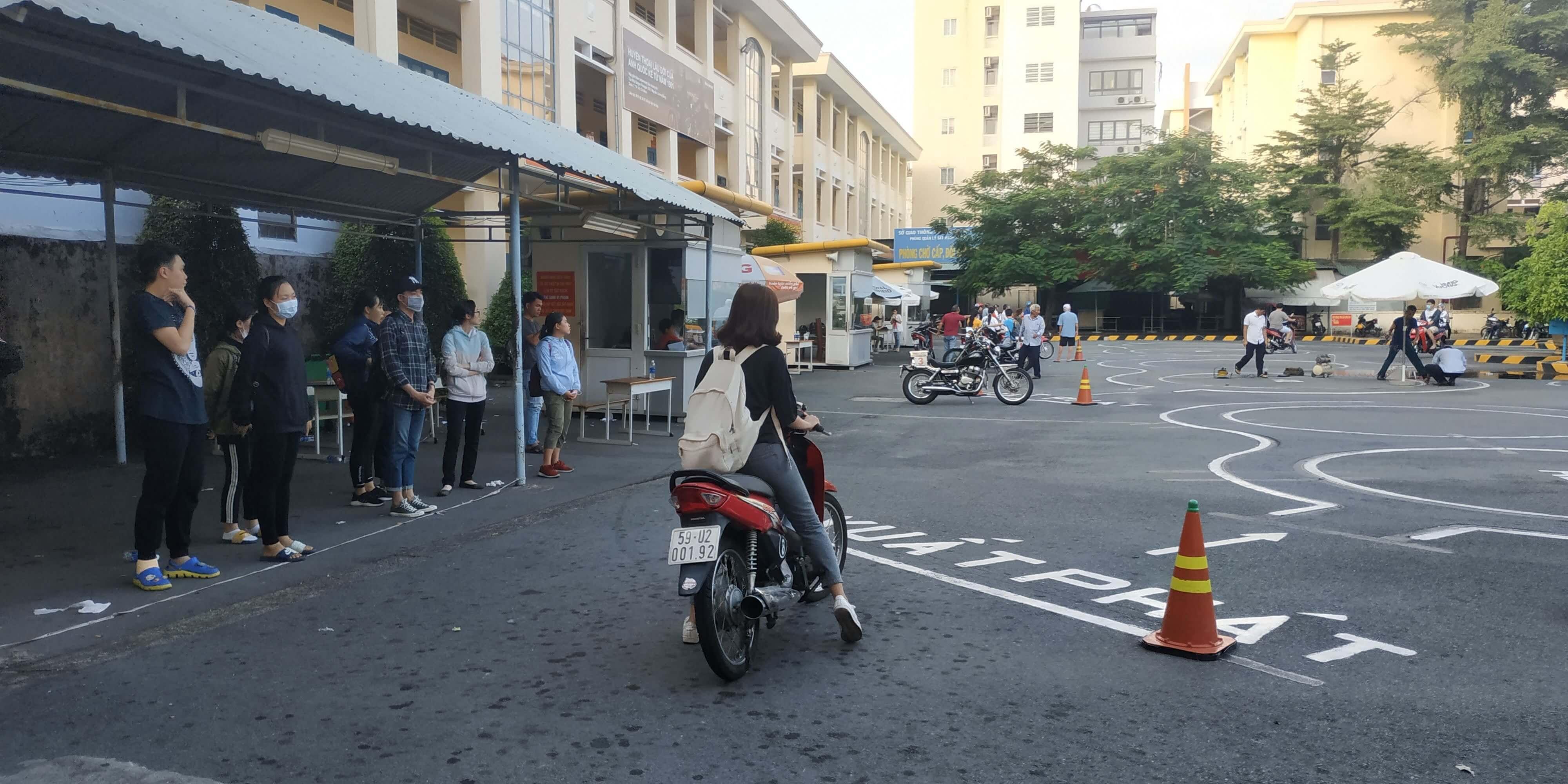 Thi Bằng Lái Xe Máy A1 - Hoclaixemoto.com