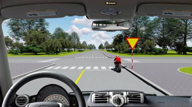 Câu hỏi 84: Bạn có được phép vượt xe mô tô phía trước không?