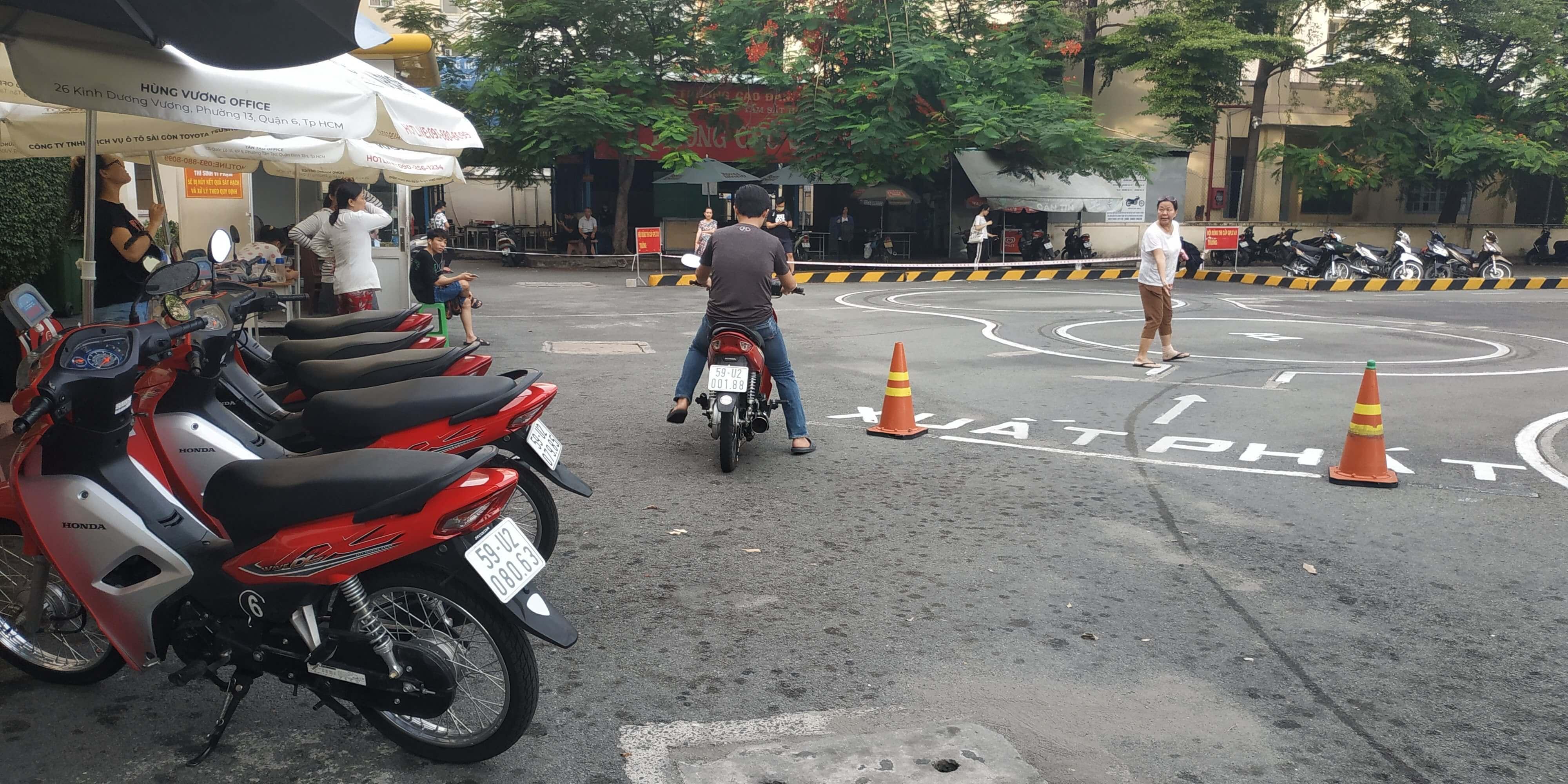 Thi bằng lái xe máy xong bao lâu có