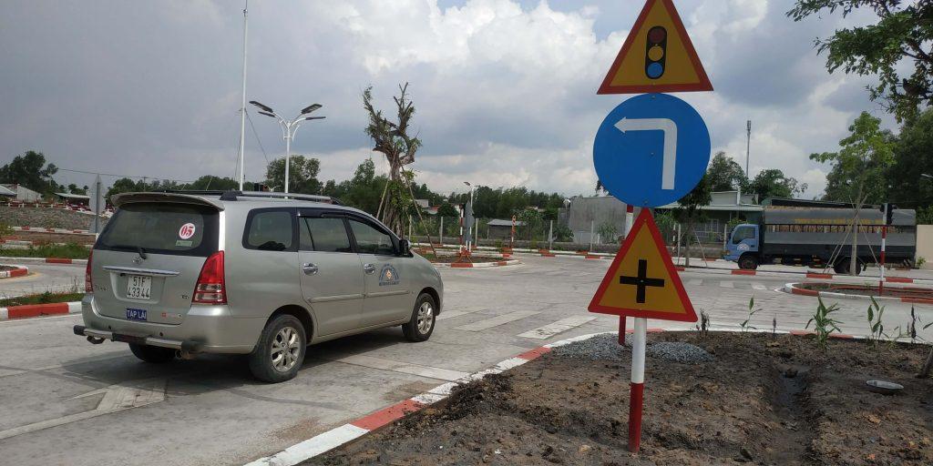Học Lái Xe Ô Tô B2 Tại TPHCM