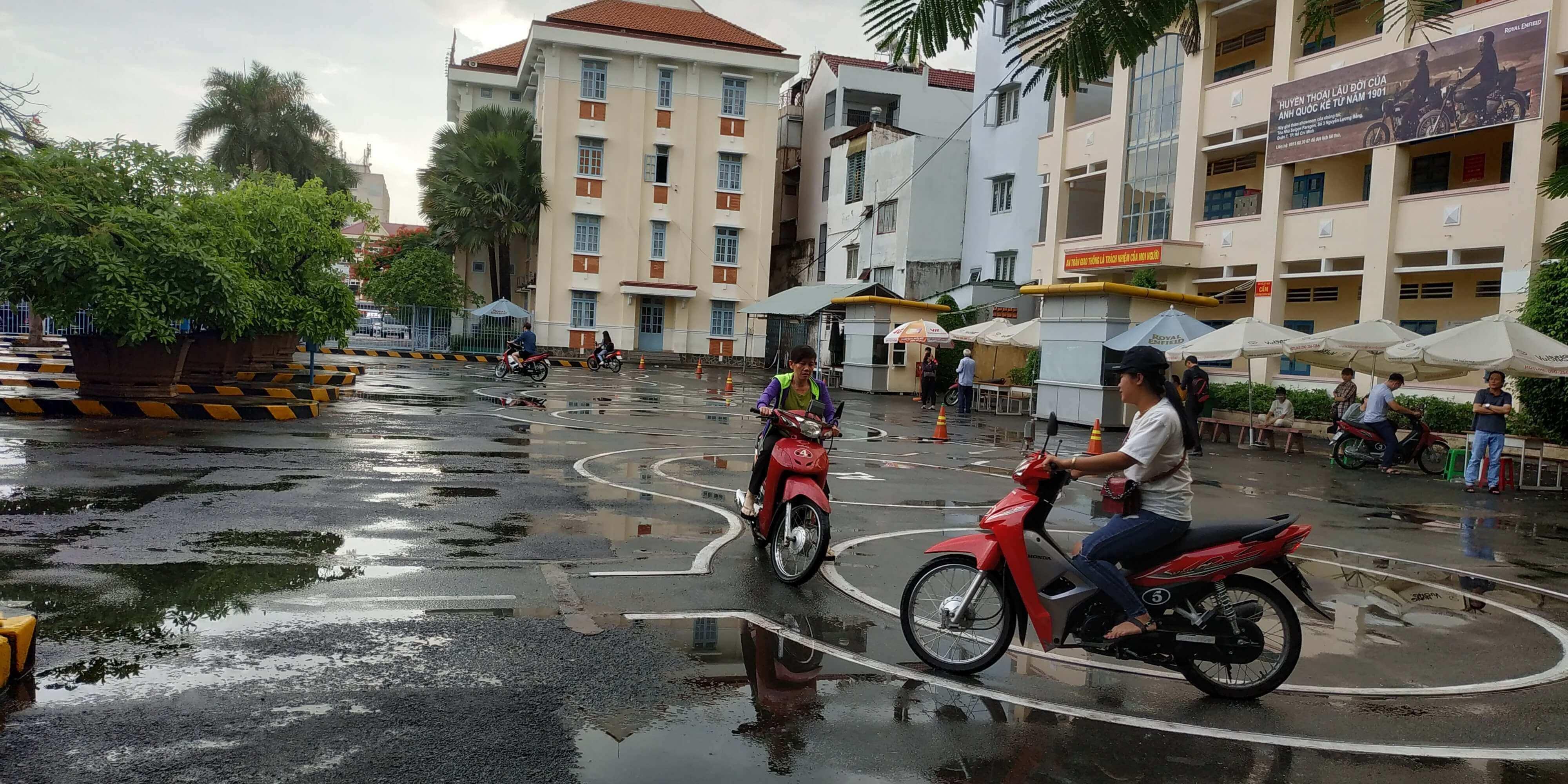 Trung tâm tổ chức thi bằng lái xe máy A1 cho người nước ngoài tại TPHCM