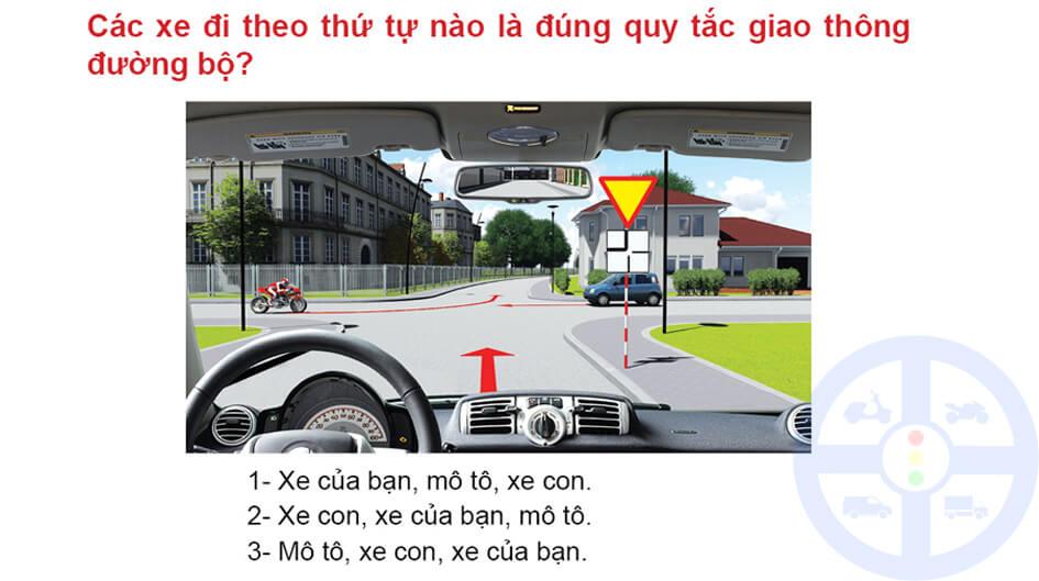 Các xe đi theo thứ tự nào là đúng quy tắc giao thông đường bộ?